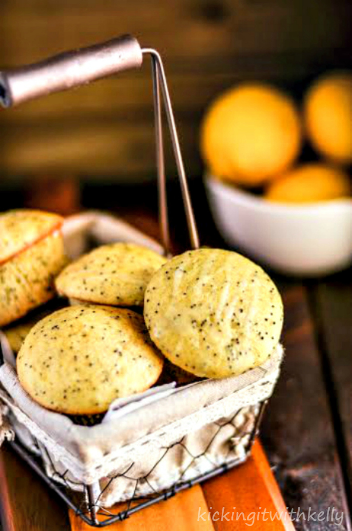 Sour Cream Lemon Poppy Seed Muffins 1