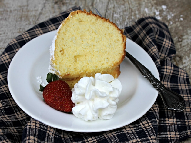 Traditional Pound Cake Recipe From Scratch Kicking It