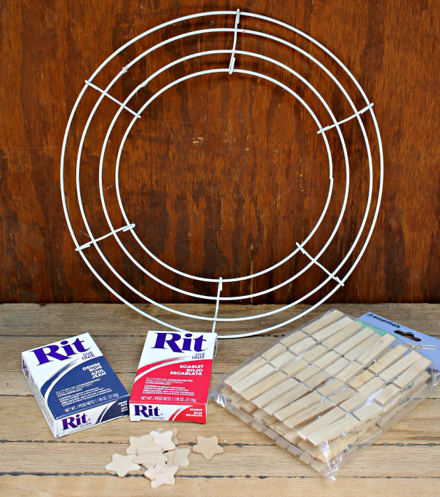 Red White and Blue Clothespin Wreath supplies