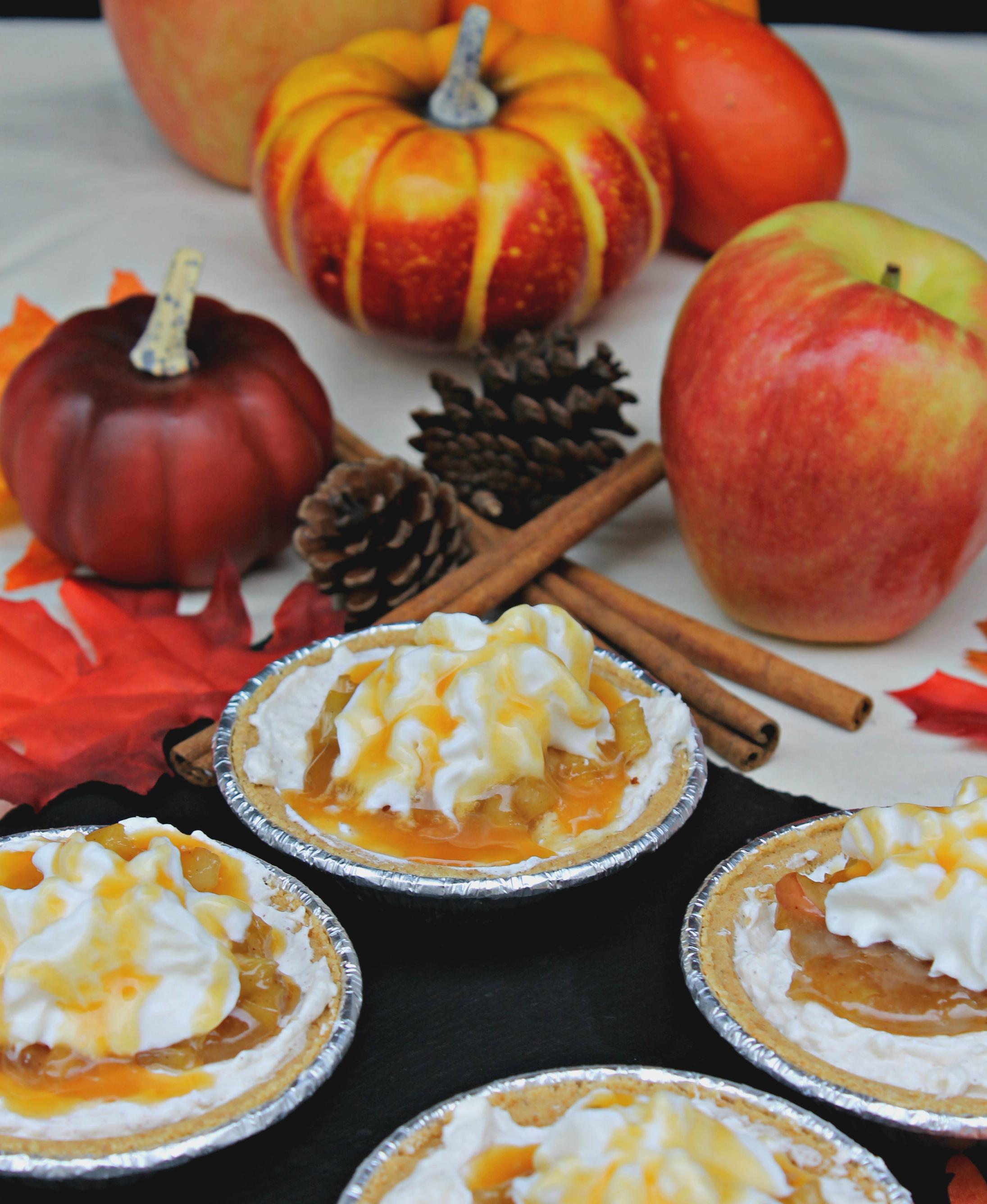 No Bake Caramel Apple Pie Cheesecakes #EffortlessPies 1