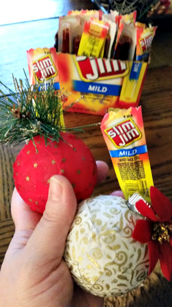 Easy DIY Fabric Covered Ornaments Tutorial #SlimJimYourHoliday 2