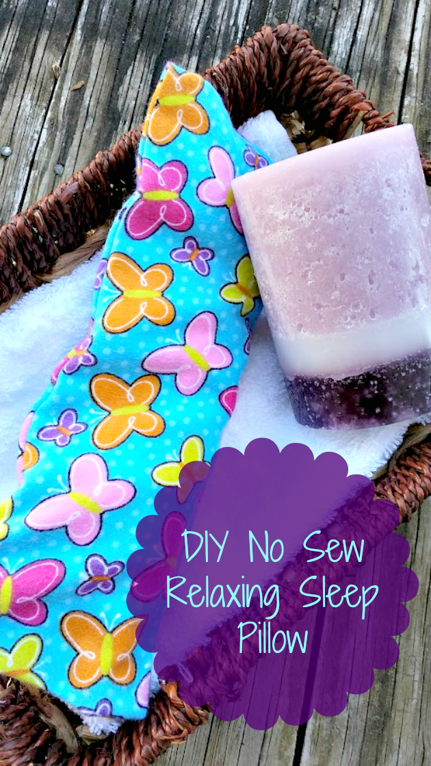 Having trouble sleeping? Try using this easy to make DIY No Sew Relaxing Sleep Pillow