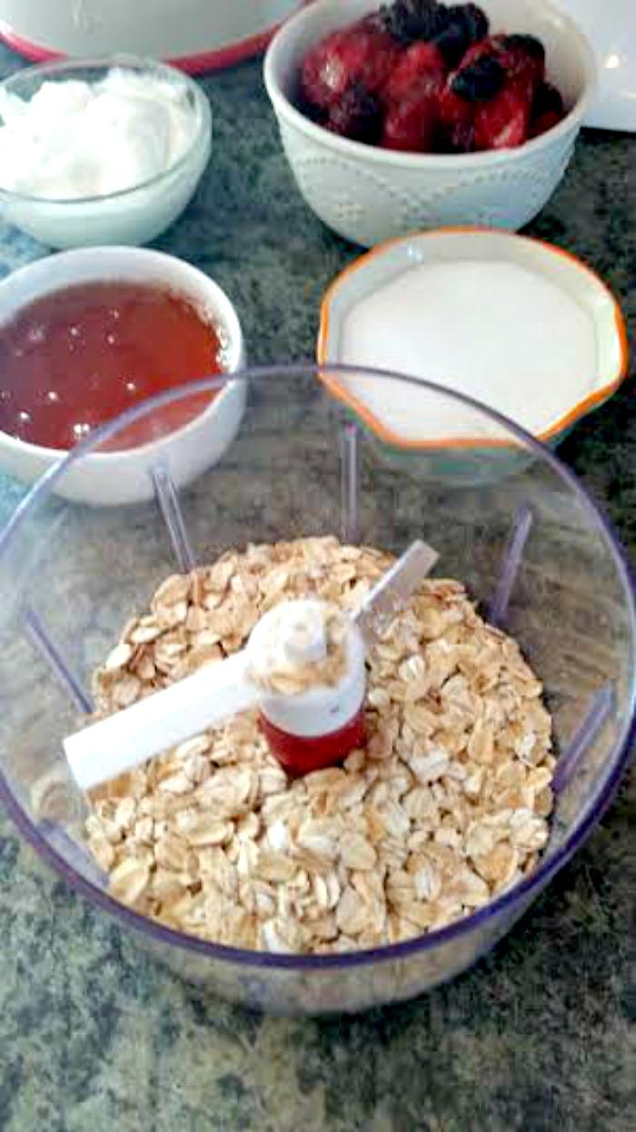 Berrylicious Yogurt Granola Pops process
