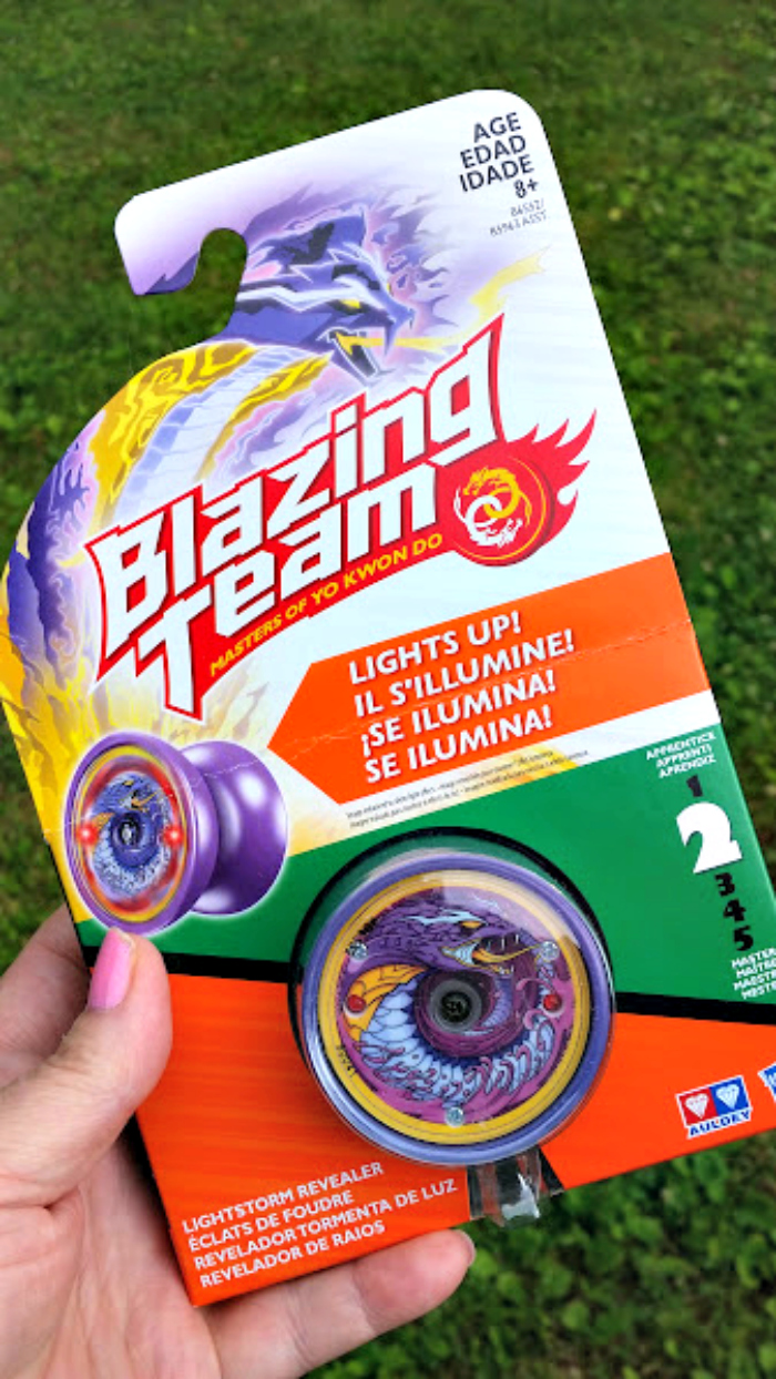 Celebrate #NationalYoYoDay With Blazing Team lightstorm