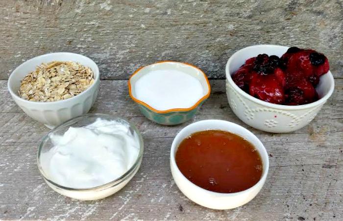 Berrylicious Yogurt Granola Pops ingredients