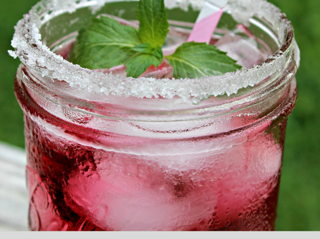 15 Lip Smackingly Refreshing Summer Drinks