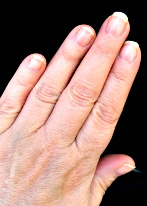 Love Gel Nails? Protect Yourself From Those Harmful UV Lamps