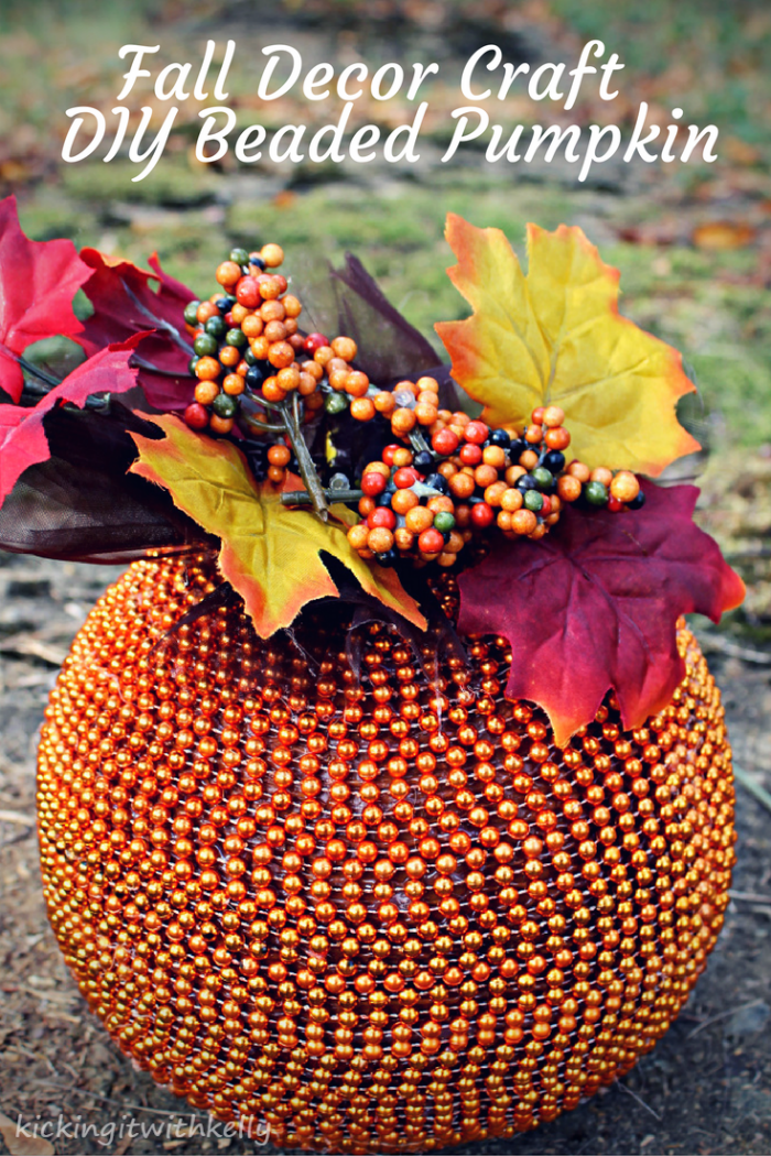 Fall decoration craft diy beaded pumpkin for Fall diy crafts pinterest