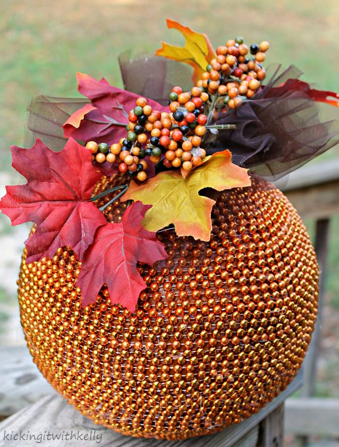 Fall Decoration Craft | DIY Beaded Pumpkin