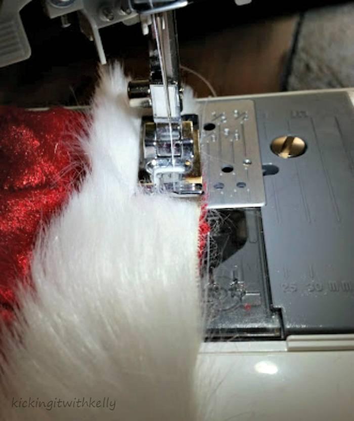 DIY Pet Santa Hat Tutorial fur