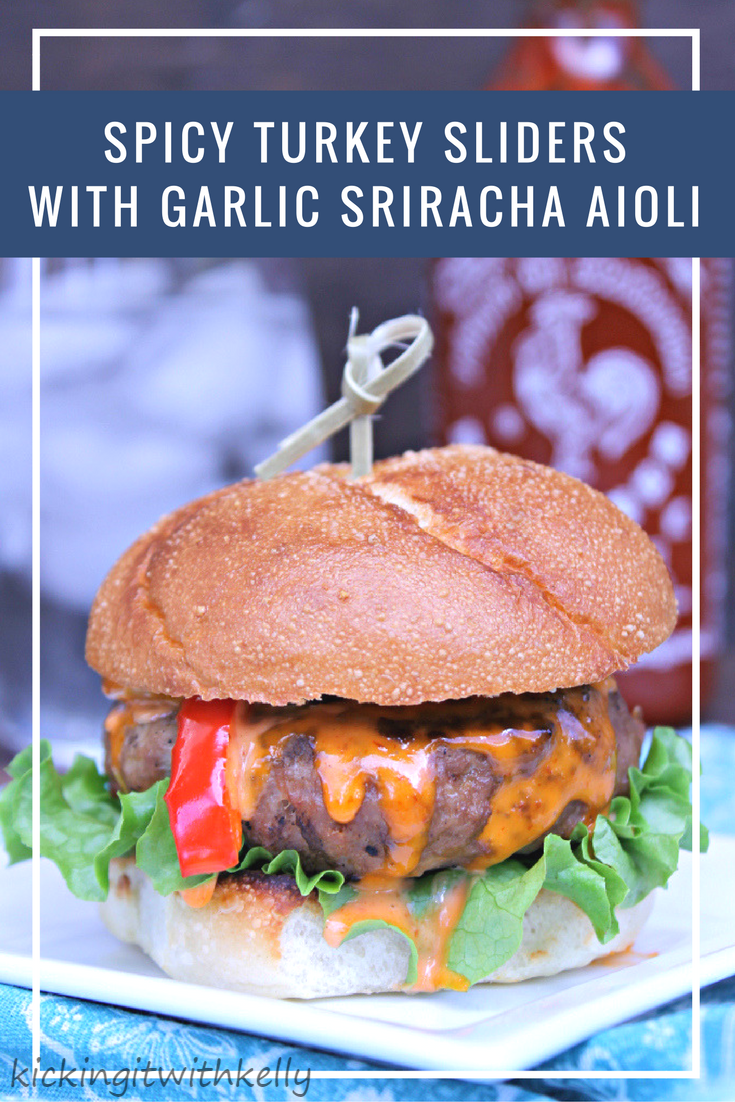 Score big on game day with these Spicy Turkey Sliders With Garlic Sriracha Aioli #ad #Tailgreatness @walmart