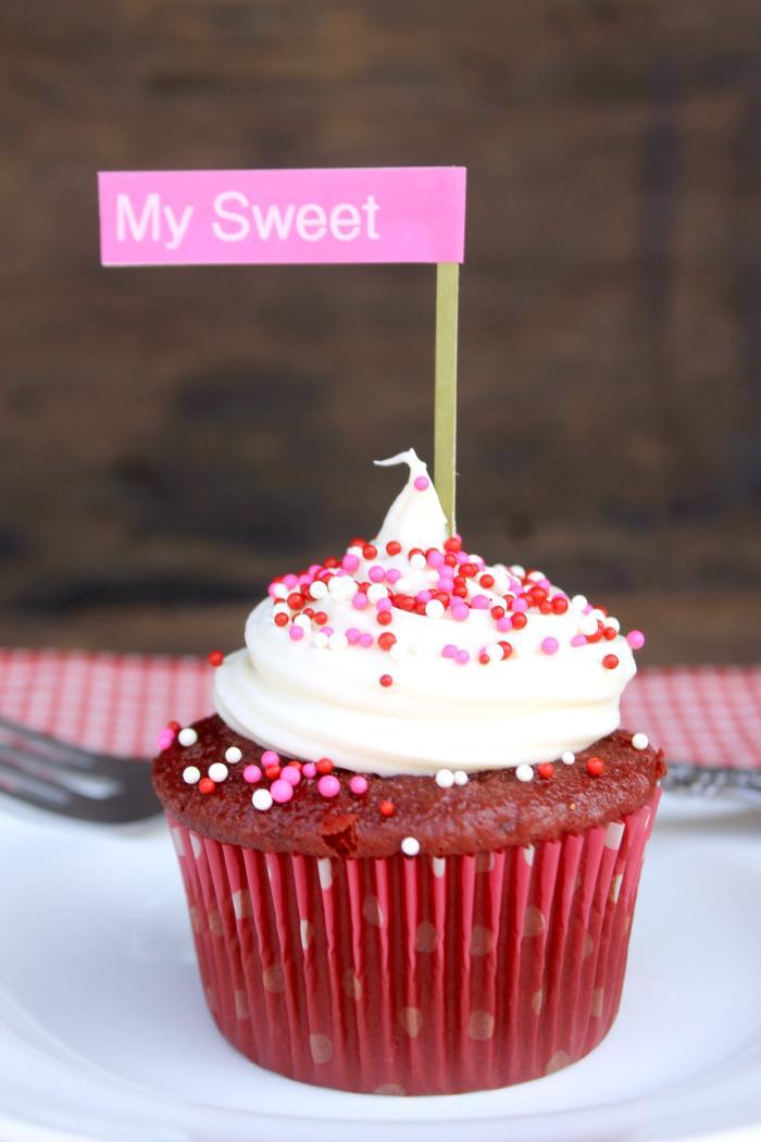 Super Easy Red Velvet Cheesecake Cupcakes 3