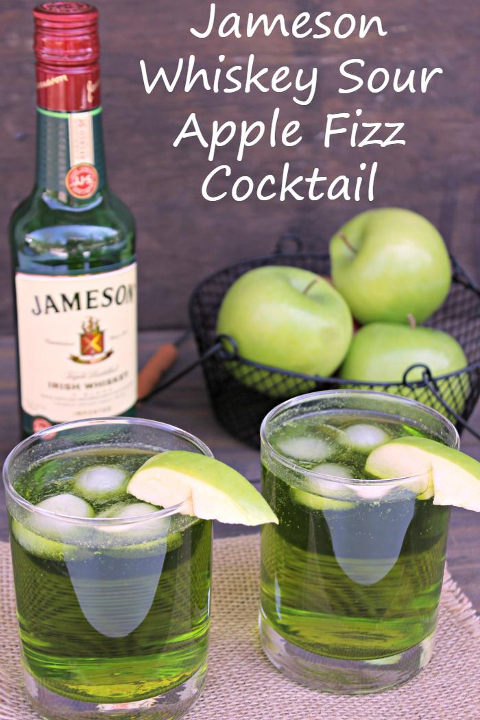 Jameson whiskey sour apple fizz cocktail for Jameson mixed drinks recipes