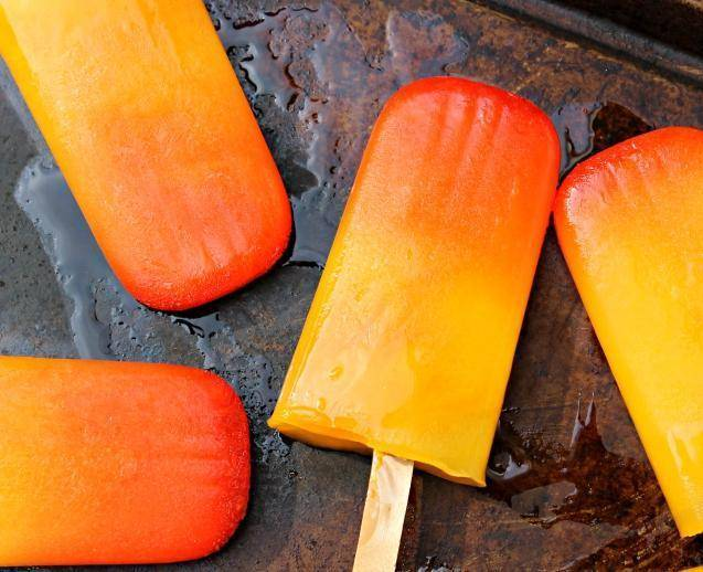 14 Refreshing Frozen Summer Treats Tequila-Sunrise-Popsicles