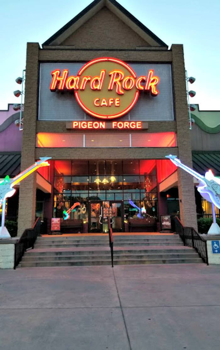 Hard Rock Cafe Pigeon Forge front