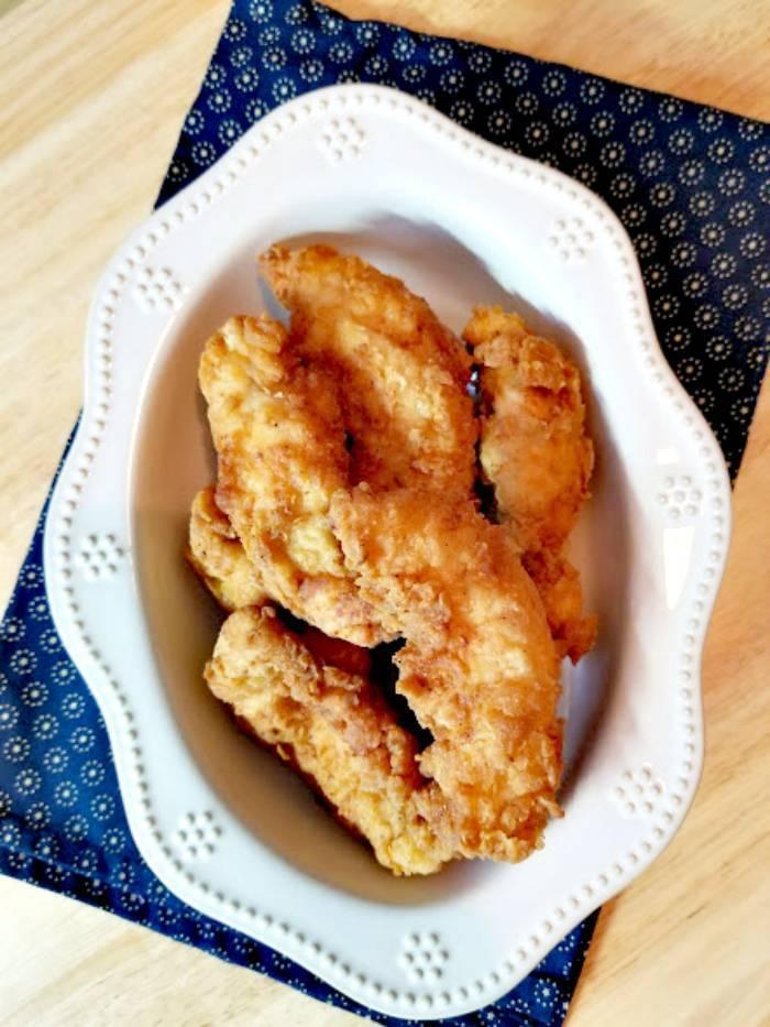 Super Easy 30-Minute Buttermilk Fried Chicken Recipe chicken