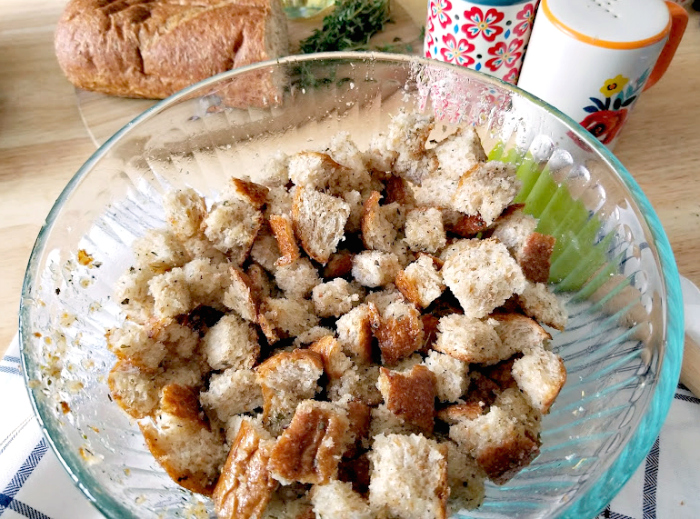 Homemade Croutons Recipe oilherbsbread