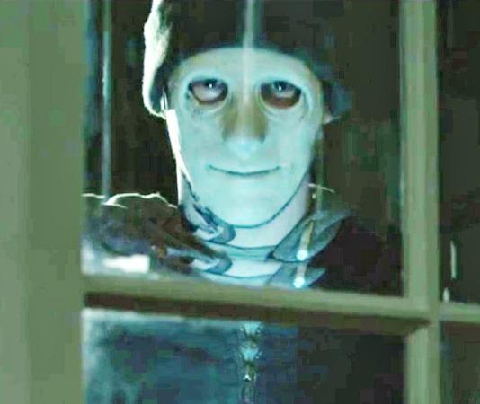 Top 10 Halloween Movies On Netflix hush