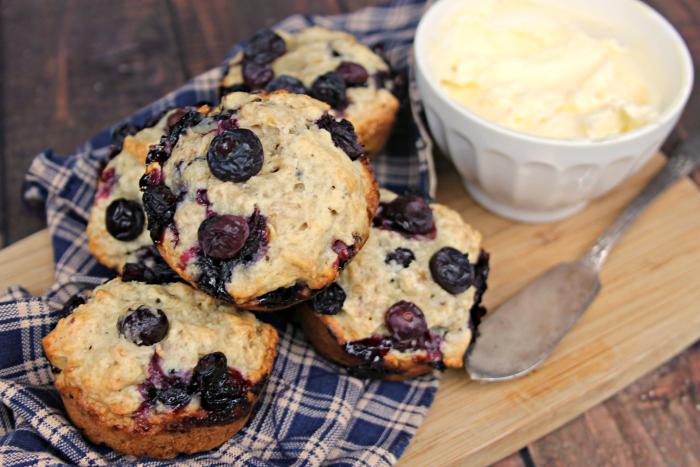 Blueberry-Banana Oat Breakfast Muffins
