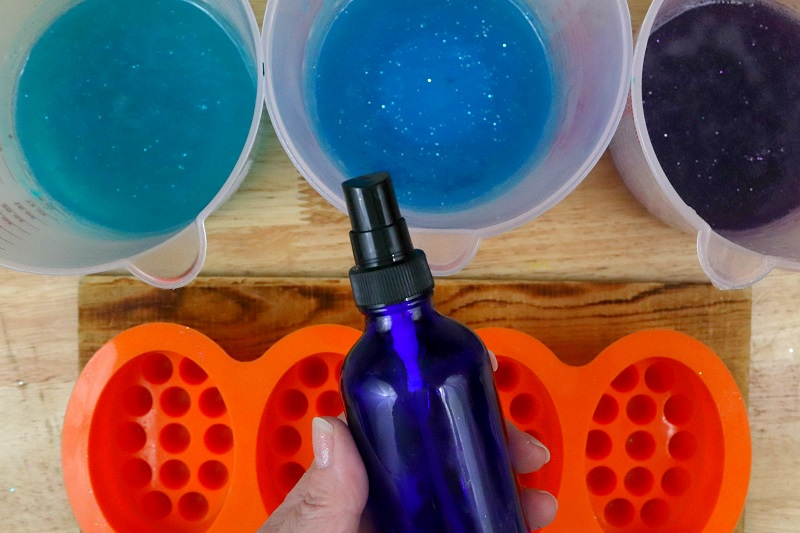Layered Mermaid Soap Tutorial Step 4