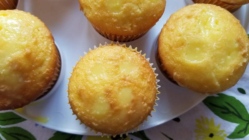 Lemon Pudding Poke Cake Cupcakes Recipe Step 5
