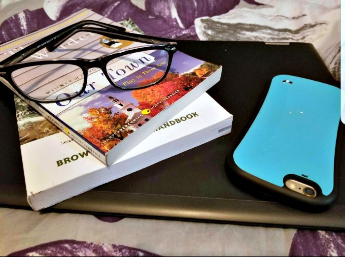 How To Make College Life Easier With Your Smartphone