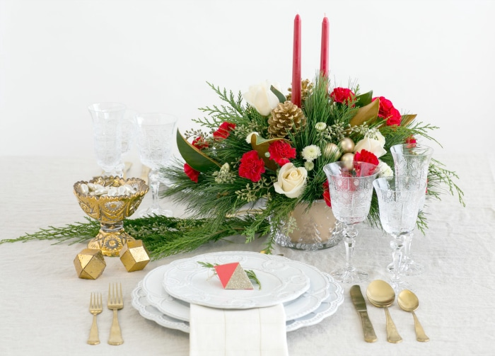 Top The Nice List This Christmas By Giving Teleflora Floral Arrangements 4