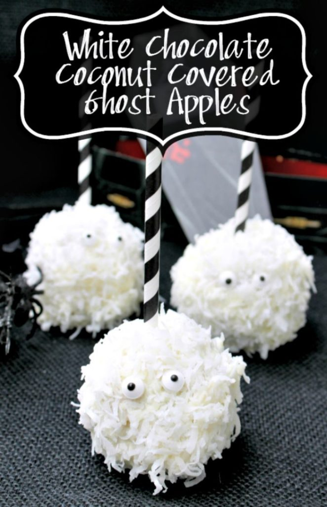 Looking for kid friendly Hlloween snack? I make these fun Halloween treats: White Chocolate Coconut Ghost Apples. They are such fun Halloween party treats!!