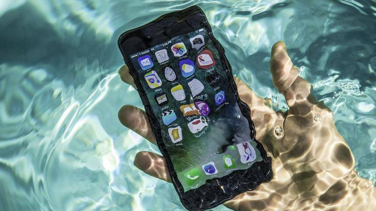 How To Protect Your Mobile Device This Summer 2