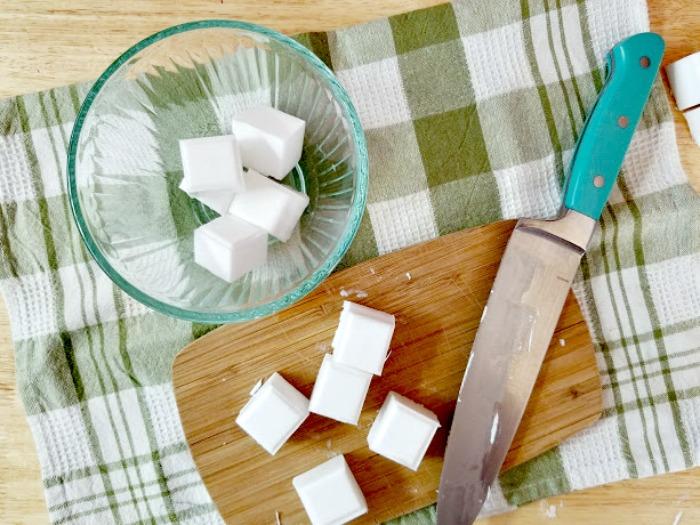 Lavender And Herb Essential Oils Soap Recipe step 2