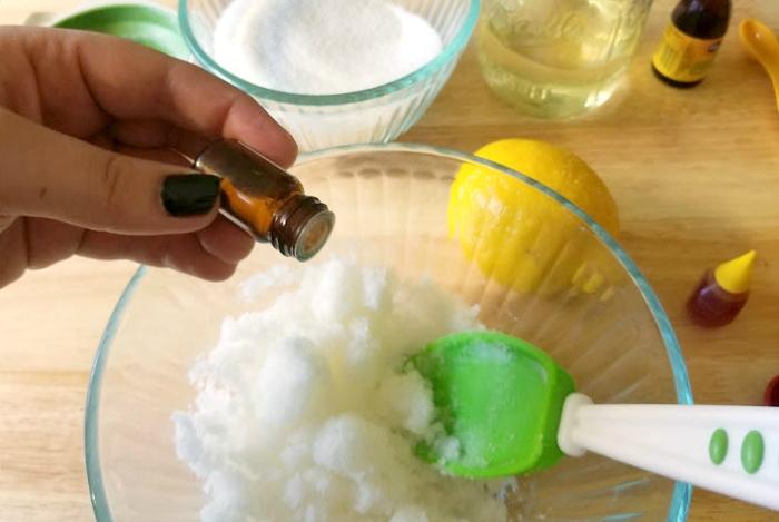 DIY Essential Oil Lemon Sugar Body Scrub step 4