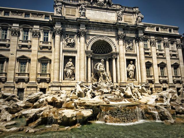 Top Honeymoon Locations For All Tastes trevi fountain